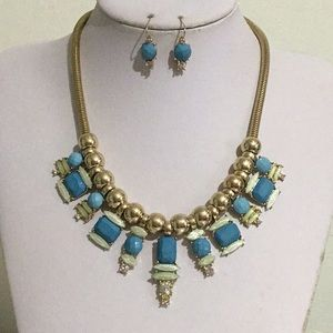 Blue lucite stud gold tone bead necklace earring